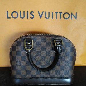 Louis Vuitton Alma BB in Damier Ebene